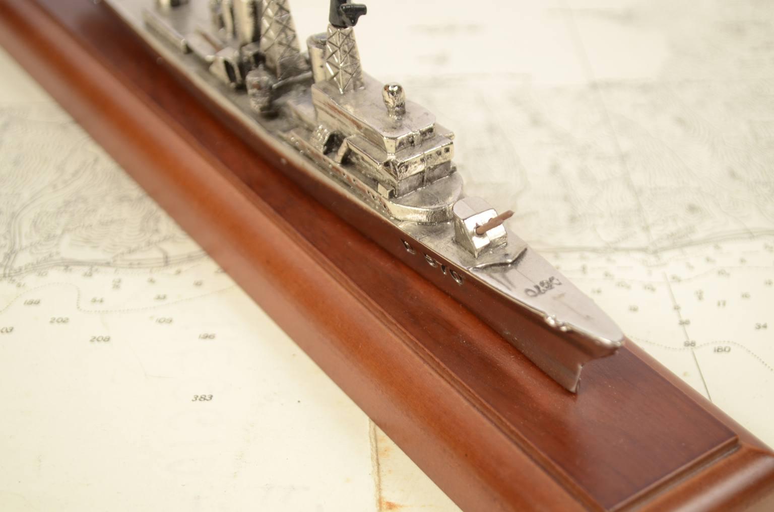 Modelli di navi d'epoca/3590A-Modellino Impavido