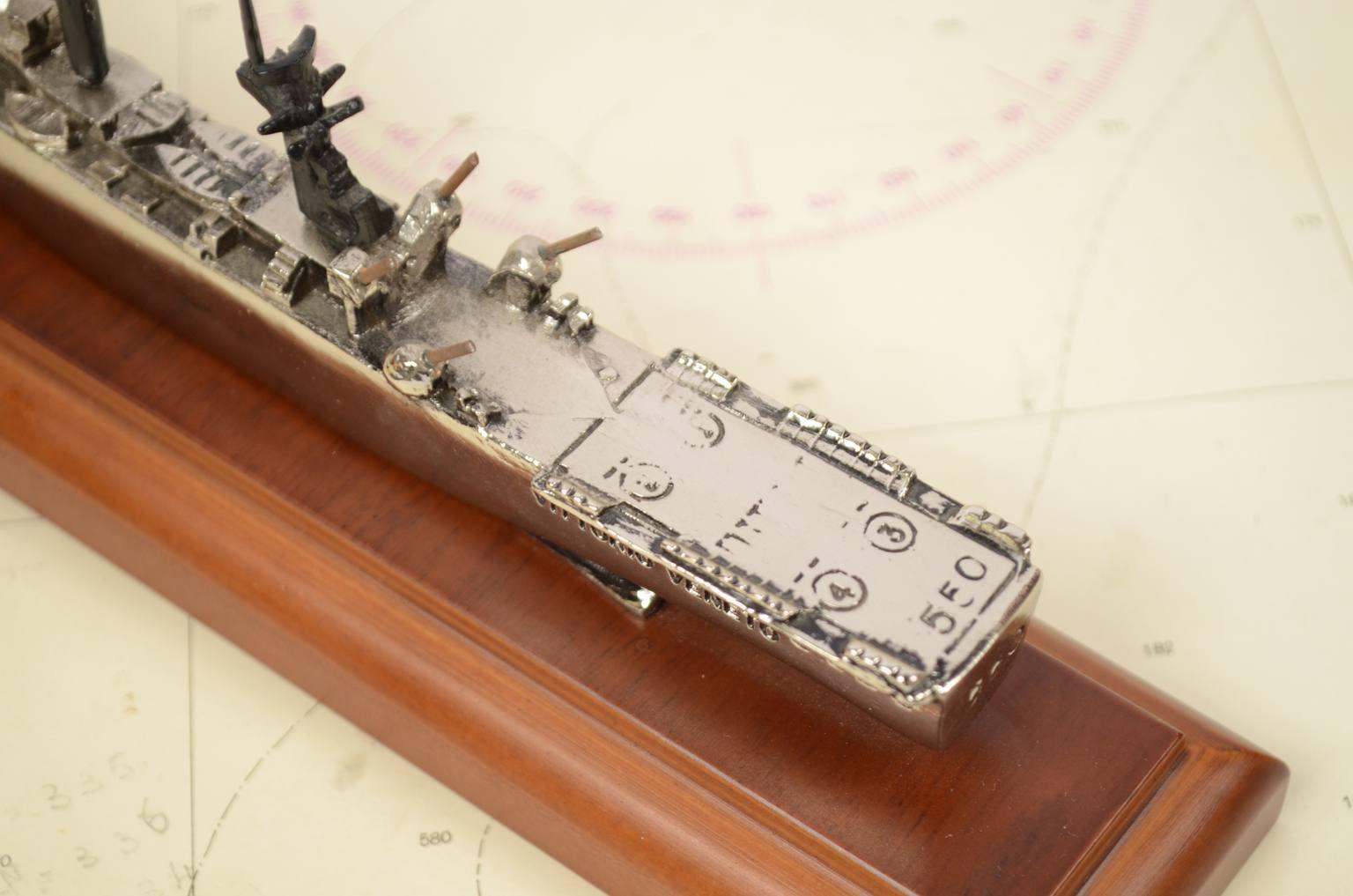 Modelli di navi d'epoca/3591-Modellino Vittorio Veneto