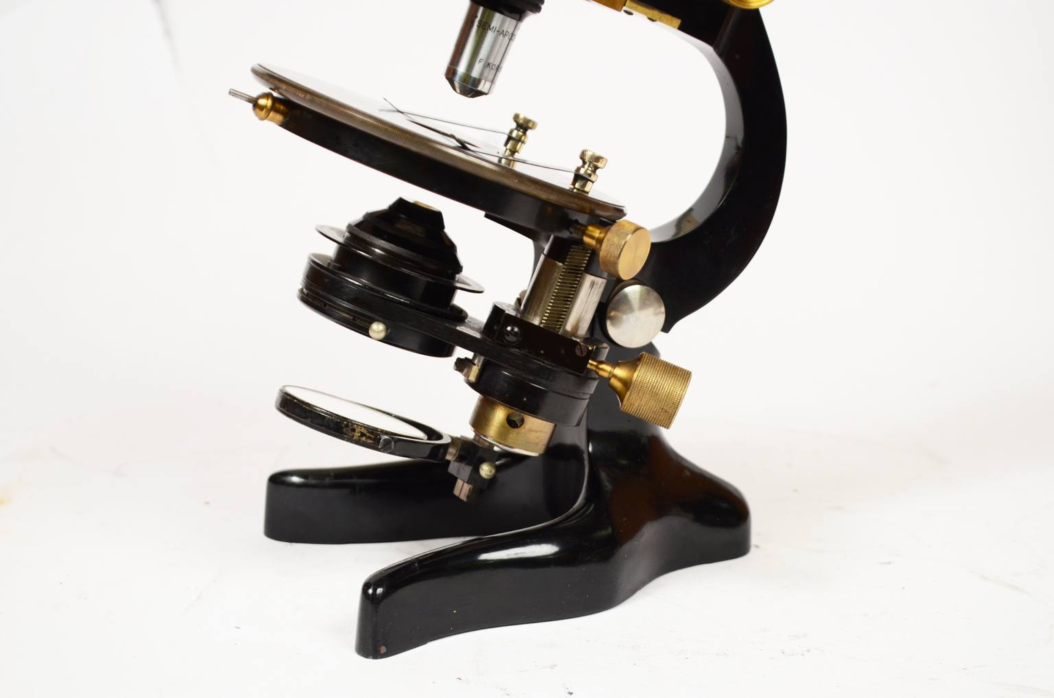 Strumenti medici d'epoca/491A-Microscopio epoca