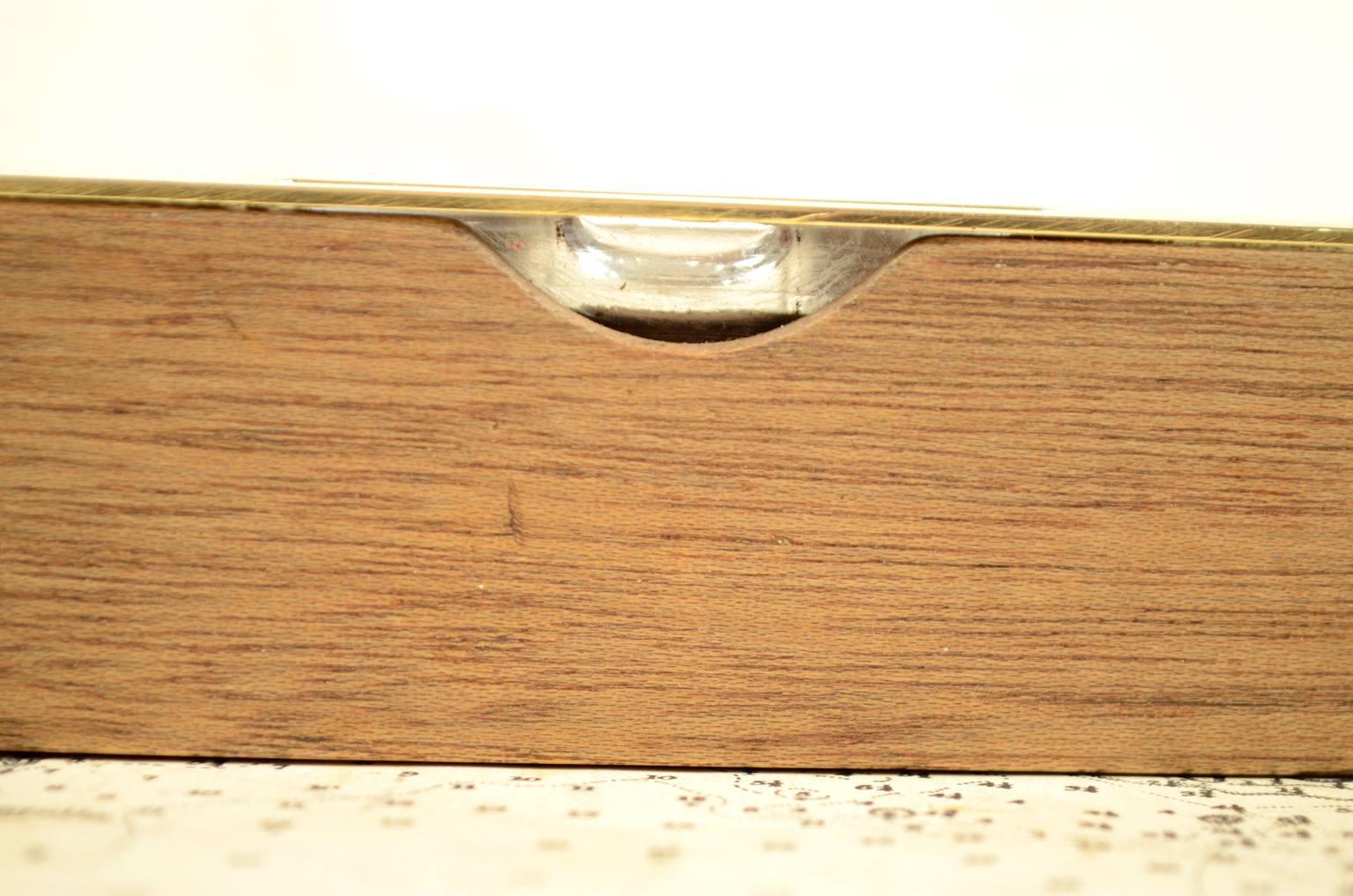 Strumenti di misura antichi/6006-Livella ad acqua antica