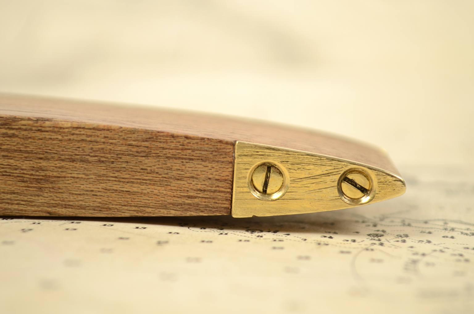 古测量工具/6006-由木材和黄铜制成的正交水位