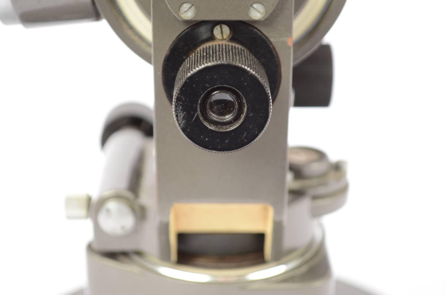 Strumenti di misura antichi/60786-Piccolo teodolite