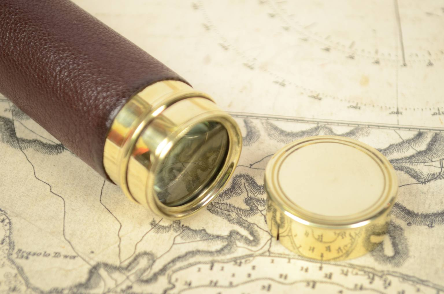 航海类古董/6265-小型黄铜望远镜
