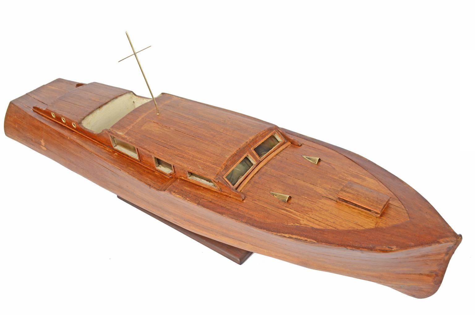 舰船模型/6357-游艇的比例模型