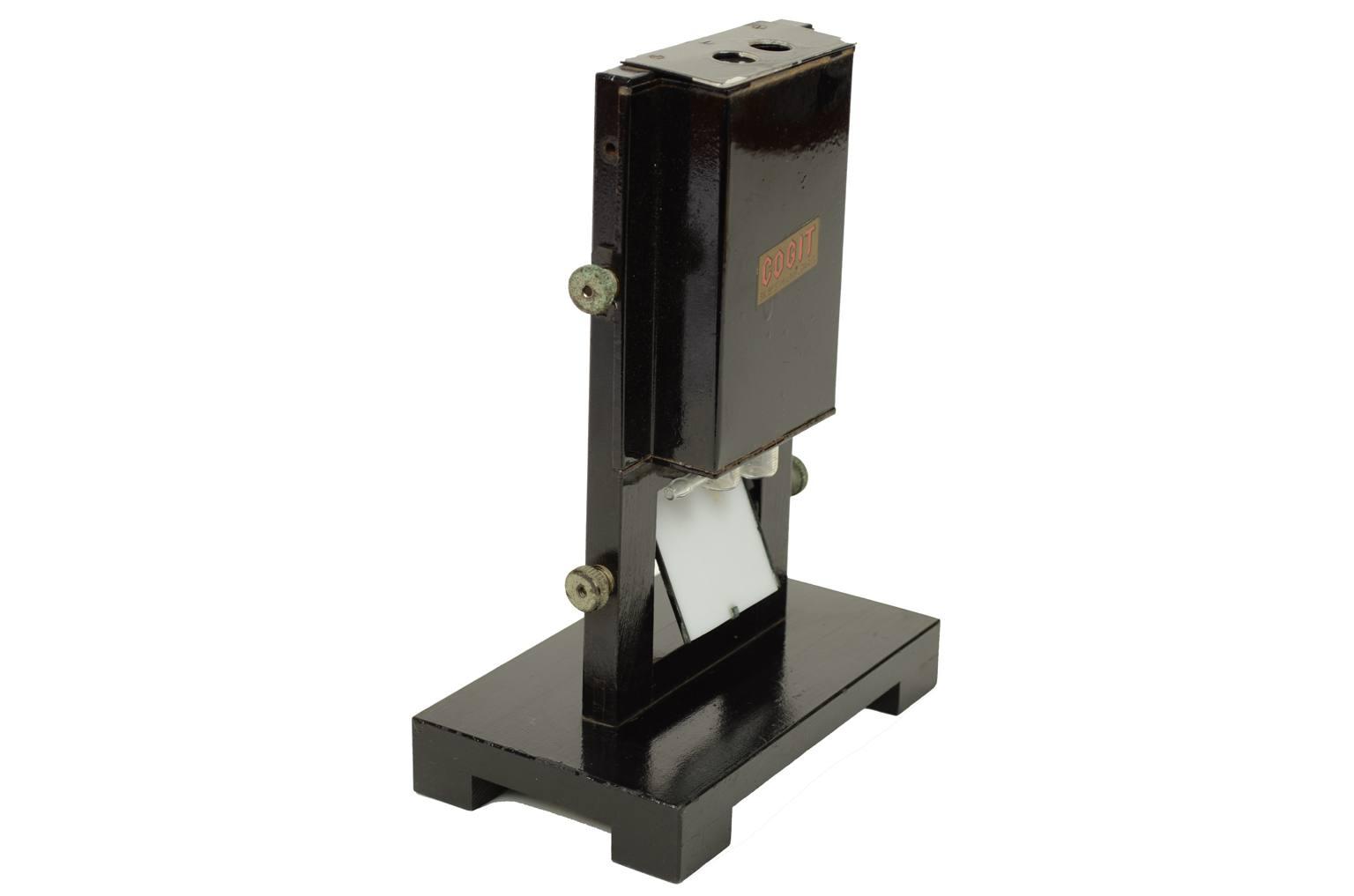 Strumenti di misura antichi/A12-Colorimetro francese