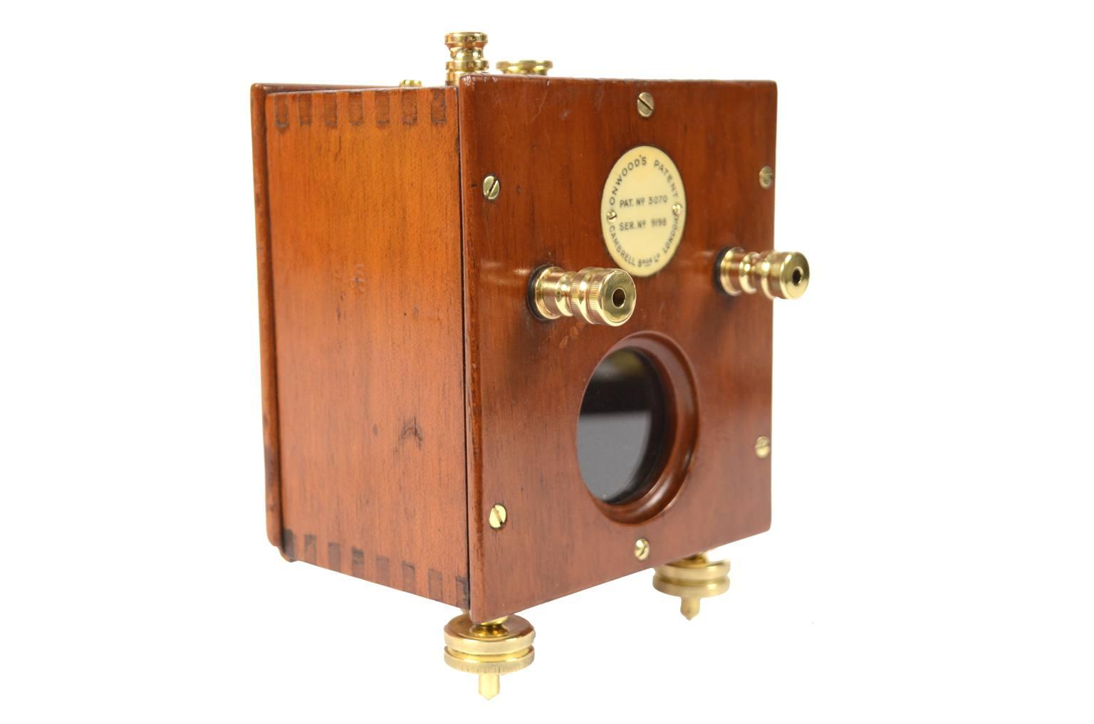 Strumenti di misura antichi/A16-Galvanometro a specchio