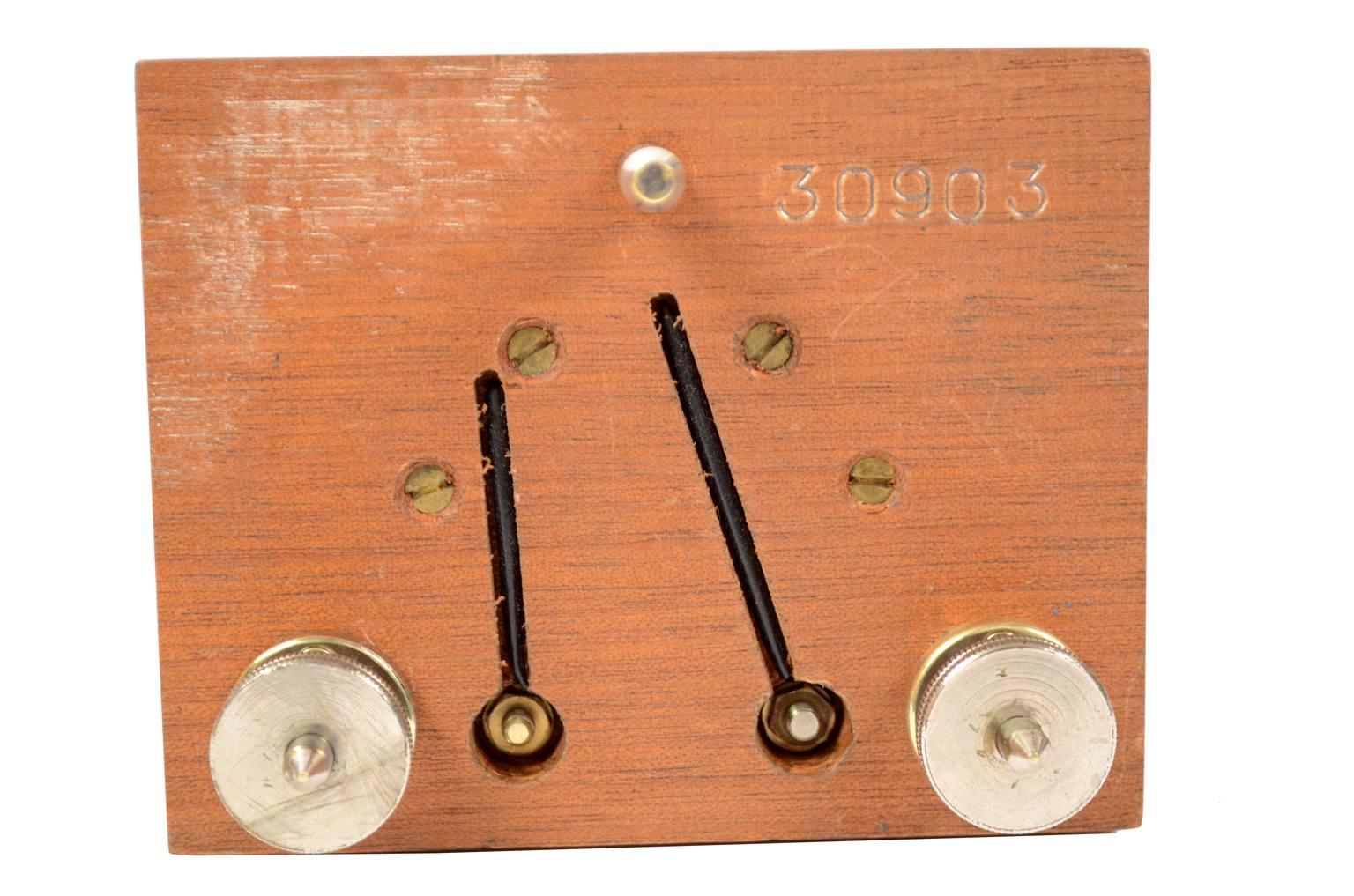Strumenti di misura antichi/A45-Galvanometro a specchio