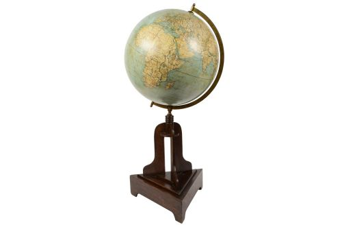Antique globes-world maps/1795-Globe Columbus 1920s/More info