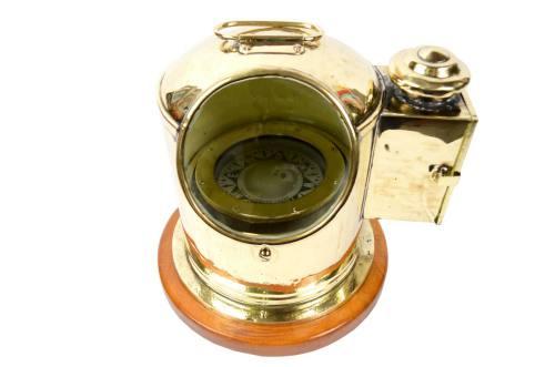 Antique compasses/1932-Binnacle 1920/More info