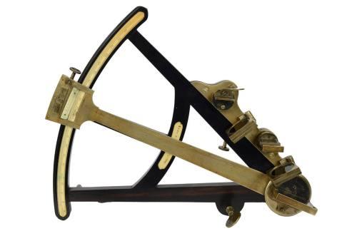 Nautical antiques/1V-Octant/More info