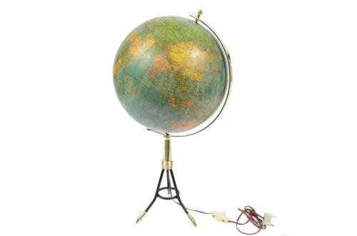Antique globes-world maps/6239-Globe with light/More info