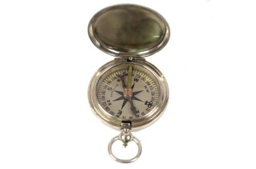 古罗盘/6256-美国军官在使用的航空指南针/更多信息
