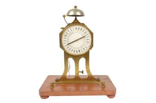 Strumenti di misura antichi/A44-Ricevitore di un telegrafo/Più info